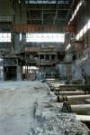 Veduta interna dei capannoni dell'acciaieria Vitali prima dello smantellamento. Fotografia di Filippo Gallino per la Città di Torino, giugno 2001.