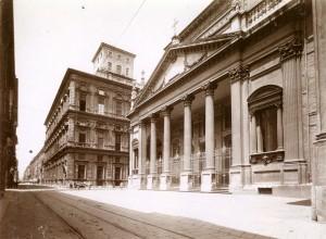 Collegio dei Nobili e chiesa di San Filippo. Fotografia di Mario Gabinio, 8 luglio 1925. © Fondazione Torino Musei - Archivio fotografico.