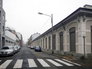 Ex fabbricato industriale, ristrutturato per uffici in corso Verona 16. Fotografia di Gianluca Beltran Komin, 2015 in www.immaginidelcambiamento.it