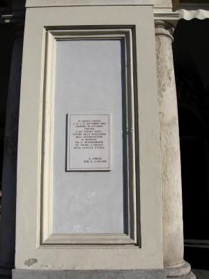 Lapide dedicata alle vittime dei moti del 21 e 22 settembre 1864