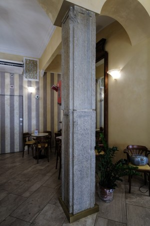 Bar Francia, pilastro, 2017 © Archivio Storico della Città di Torino