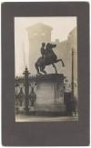 Cancellata di Piazzetta Reale. Dioscuro Castore. Fotografia di Giancarlo Dall'Armi, 1911-1928. © Archivio Storico della Città di Torino