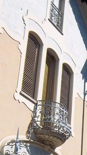 Pietro Fenoglio, Palazzina Ostorero, 1900, particolare del balconcino. Fotografia L&M, 2011.