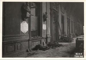 Regia Università, Via Po 17. Effetti prodotti dai bombardamenti dell'incursione aerea del 13 luglio 1943. UPA 3634_9E01-26. © Archivio Storico della Città di Torino/Archivio Storico Vigili del Fuoco