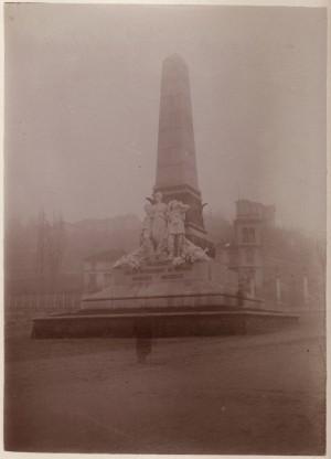 Luigi Belli, Monumento alla spedizione di Crimea, 1888. Fotografia di Mario Gabinio, 1900 ca. © Fondazione Torino Musei - Archivio fotografico.