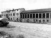 La cascina negli anni Settanta prima della ristrutturazione. ©Archivio Officina della Memoria.