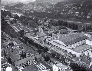 Il complesso di Torino Esposizioni nel 1961 con i tre interventi di ampliamento di Pier Luigi Nervi e il padiglione sotterraneo appena realizzato a nord su progetto di Riccardo Morandi. © Archivio Storico Fiat