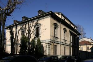 Palazzina uffici della Direzione Territoriale d'Artiglieria in corso Matteotti. Fotografia di Caterina Franchini