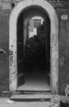 Chiesa della Visitazione di Maria Vergine, ingresso al rifugio antiaereo. © Città di Torino.