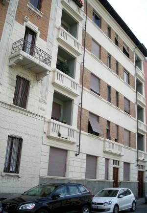 Edificio civile abitazione in via Gian Domenico Cassini 55