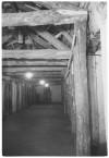 Piazza Palazzo di Città, Palazzo Civico, il rifugio antiaereo (ricovero). Effetti prodotti dai bombardamenti dell'incursione aerea del 9 dicembre 1942. UPA 9D03-60. © Archivio Storico della Città di Torino