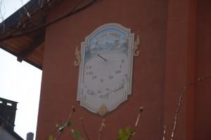 Orologio solare, Villa Anna