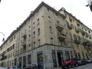 Edificio di civile abitazione con magazzino in via San Domenico 23
