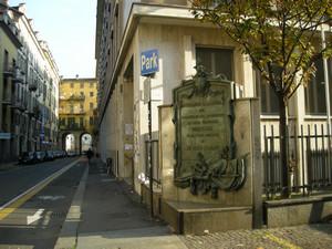 Lapide dedicata ad Alessandro Ferrero de la Marmora e all'Arma dei Bersaglieri