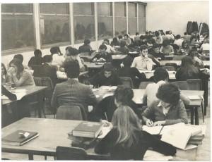 Nuovo edificio della Biblioteca civica, sala di lettura, post 1960. Biblioteca civica Centrale © Biblioteche civiche torinesi