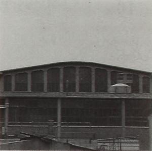 DEPOSITO-OFFICINA ALLA STAZIONE DI SMISTAMENTO DI TORINO. Fotografia dei primi anni Ottanta del Novecento
