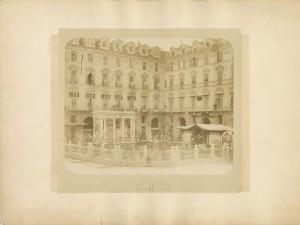 Piazza Castello angolo via Po. Fotografia di G. Ambrosetti. © Archivio Storico della Città di Torino