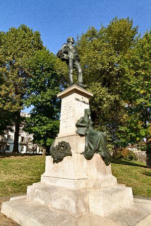 Monumento a Carlo Nicolis di Robilant