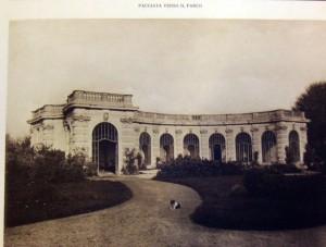 Foto storica dell'orangerie di villa Amoretti.