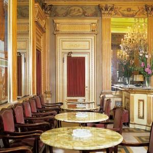 Caffè San Carlo, sala principale, Fotografia di Marco Corongi, 2001 ©Politecnico di Torino