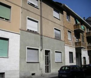 Edificio di civile abitazione in via Leinì 91