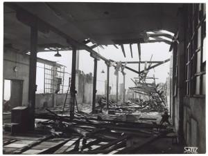 Via Rivalta 61. Stabilimento FIAT - Sezione Materiale Ferroviario. Effetti prodotti dal bombardamento dell'incursione aerea del 20-21 novembre 1942. UPA 2065_9B05-15. © Archivio Storico della Città di Torino