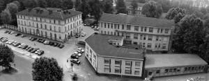 Ospedale Amedeo di Savoia, 1985: vista aerea delle palazzine su corso Svizzera. Archivio Storico Relazioni Esterne ASL TO1.