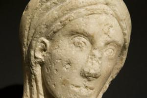La Madonna di Pozzo Strada custodita presso il Museo diocesano (particolare). Fotografia di Marco Saroldi, 2010. © MuseoTorino.