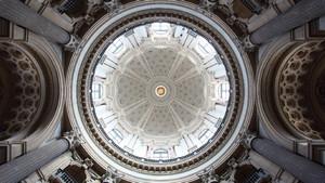 Basilica di Superga (veduta interna della cupola). Fotografia di Paolo Mussat Sartor e Paolo Pellion di Persano, 2010. © MuseoTorino
