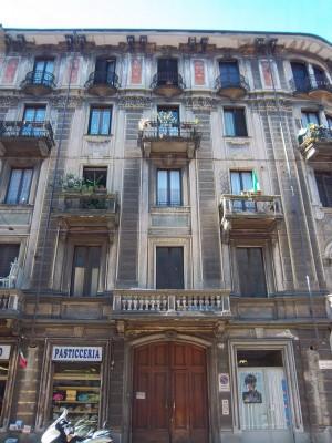 Pietro Fenoglio, Casa Padrini, 1900, particolare dell'ingresso. Fotografia L&M, 2011.