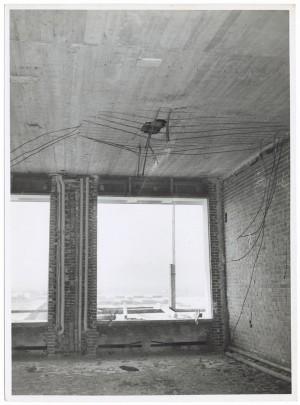 Corso Giovanni Agnelli Fiat Mirafiori. Effetti prodotti dai bombardamenti del 4-5 dicembre 1940. UPA 0942D_9A02-01. © Archivio Storico della Città di Torino