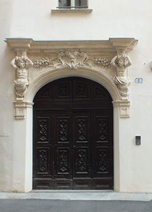Casa Siccardi, portale. Fotografia 2016 © Biblioteche civiche torinesi