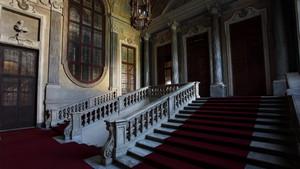 Scaloni d'ingresso dell'Armeria Reale. Fotografia diPaolo Mussat Sartor e Paolo Pellion di Persano, 2010. © MuseoTorino