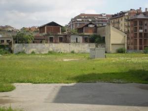 I capannoni e le tettoie della prima sede della Poccardi tra via Aosta e corso Giulio Cesare. Fotografia di Giuseppe Beraudo, 2011
