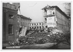 Istituto Missionari della Consolata, Corso Francesco Ferrucci 14. Effetti prodotti dai bombardamenti dell'incursione aerea dell'8-9 dicembre 1942. UPA 2792_9C06-54. © Archivio Storico della Città di Torino