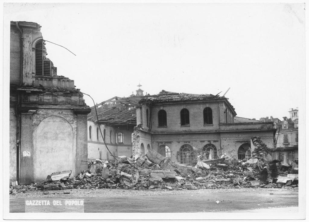 Piazza della repubblica mercato del pesce porta palazzo - Mercato coperto porta palazzo orari ...
