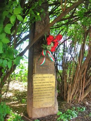 Lapide dedicata ai caduti per la liberazione