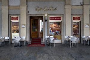 Lo storico Caffè San Carlo. Fotografia di Mattia Boero, 2010. © MuseoTorino.