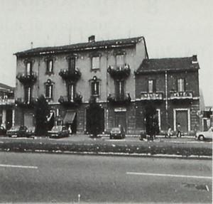 Edificio di civile abitazione e negozi - Corso Vercelli 237