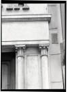 Farmacia della Rocca, particolare dell'ingresso,1998 © Regione Piemonte