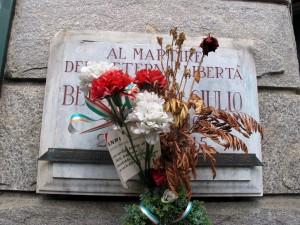 Lapide dedicata a Giulio Berardengo (1906 - 1945)