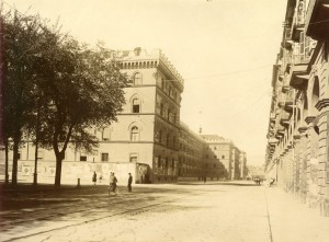 Caserma Cernaia, vista di scorcio da est. Fotografia di Mario Gabinio, 1 ottobre 1925. © Fondazione Torino Musei - Archivio fotografico