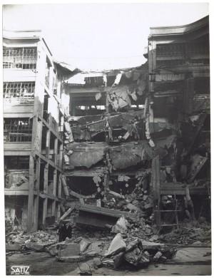Via Nizza. Stabilimento FIAT Lingotto. Effetti prodotti dai bombardamenti dell'incursione aerea del 30 novembre 1942. UPA 2466_9C03-24. © Archivio Storico della Città di Torino