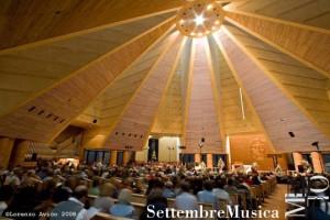 Chiesa del Santo Volto. Fotografia di Lorenzo Avico, 2008. © MITO SettembreMusica