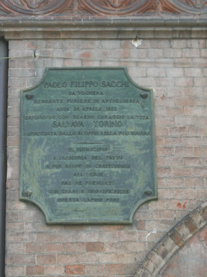 Lapide dedicata a Paolo Sacchi. Fotografia di Elena Francisetti, 2010. © MuseoTorino
