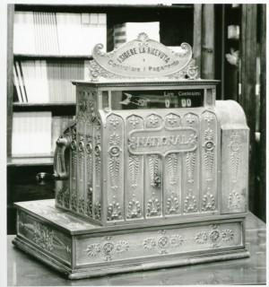 Giappichelli, libreria-casa editrice, registratore di cassa, 2000 © Regione Piemonte