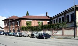 Ex Magazzino M.Ar.Di.Chi. Prospettiva del fronte su via Domenico Cimarosa. Fotografia di Caterina Franchini