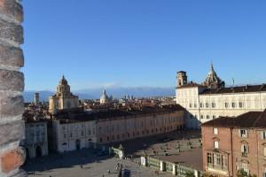 Veduta di Palazzo Reale e della Piazzetta Reale da Palazzo Madama. Fotografia di Laura Tori, 2011