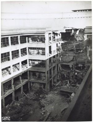 Via Nizza. Stabilimento FIAT Lingotto. Effetti prodotti dai bombardamenti dell'incursione aerea del 30 novembre 1942. UPA 2464_9C03-21. © Archivio Storico della Città di Torino