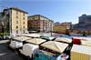 Il mercato di piazza Vittoria. Fotografia di Mauro Raffini, 2010. © MuseoTorino.